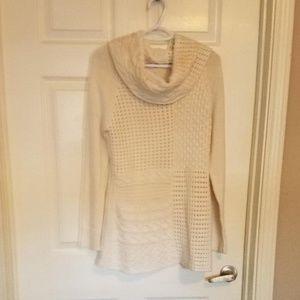 New York &Co. tunic sweater